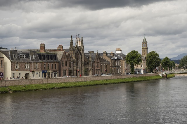 inverness-1621661_640